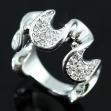 Кольцо Designer Ring use Swarovski Crystal SR091
